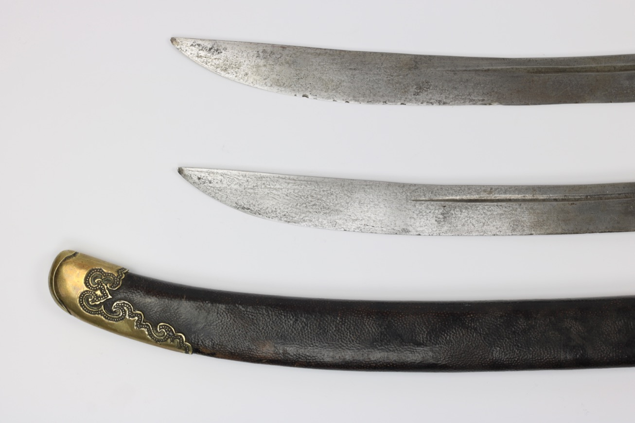 Antique Chinese double sabers of liuyedao form