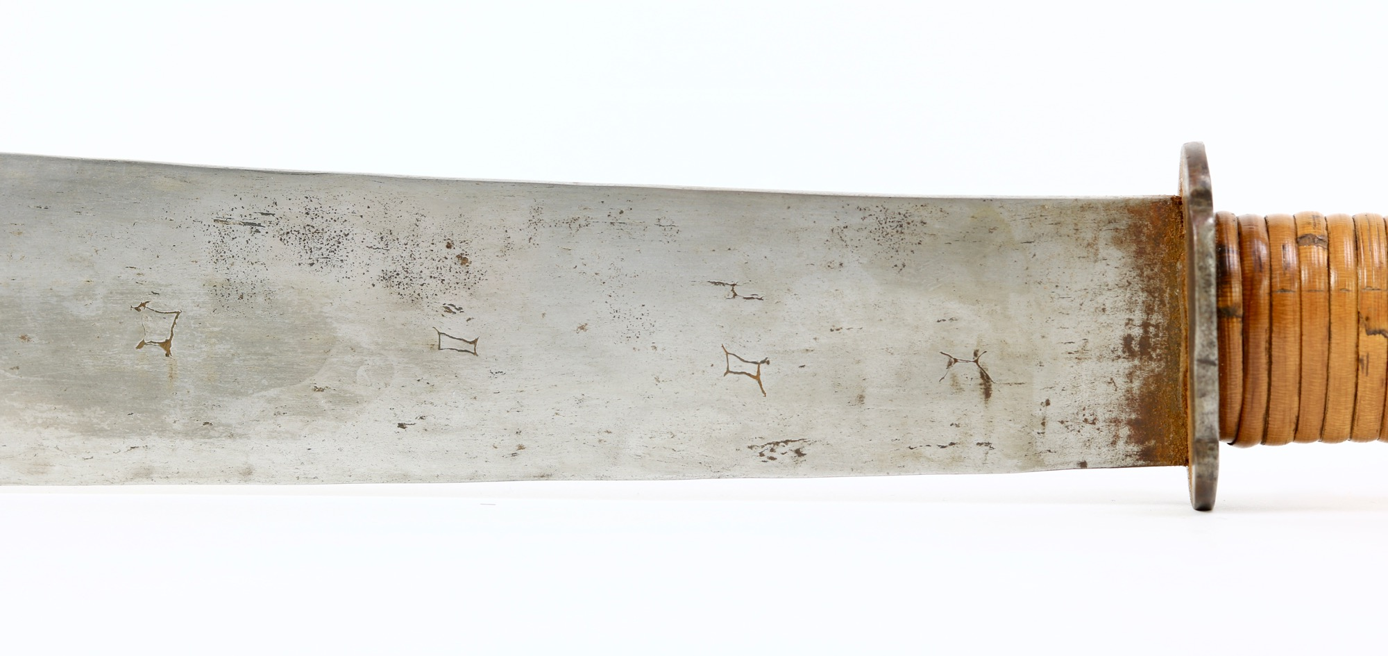 A rare Vietnamese wide-bladed fighting sword.