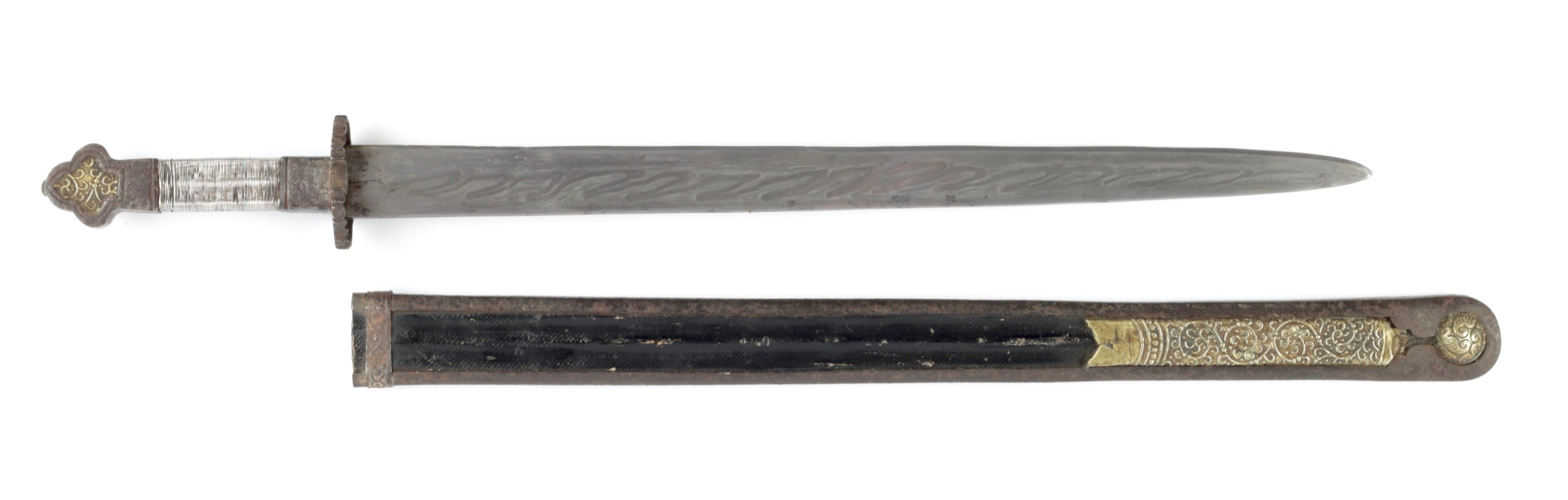 Tibetan shortsword with ce rong blade